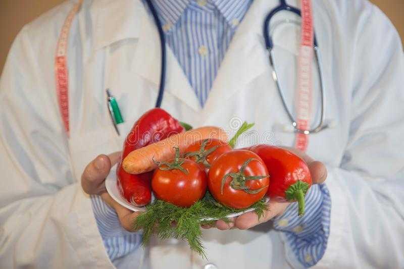 Колбасы и бекон вызывают рак :: инфониак