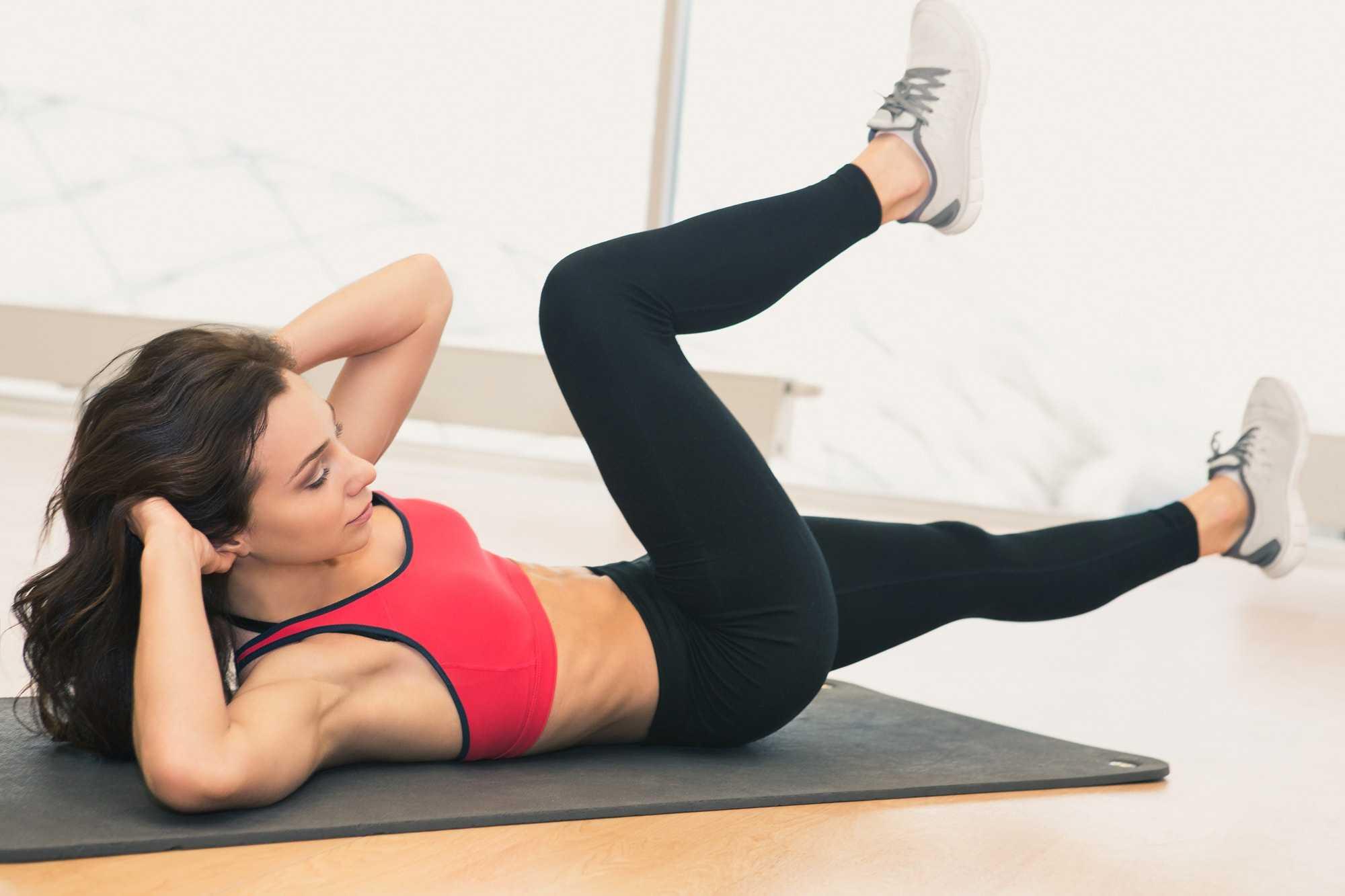 Топ-50 упражнений для ног в домашних условиях (фото)