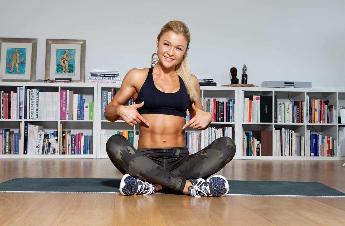 Топ-12 кардио-тренировок от fitnessblender с акцентом на живот для сжигания калорий и укрепления пресса
