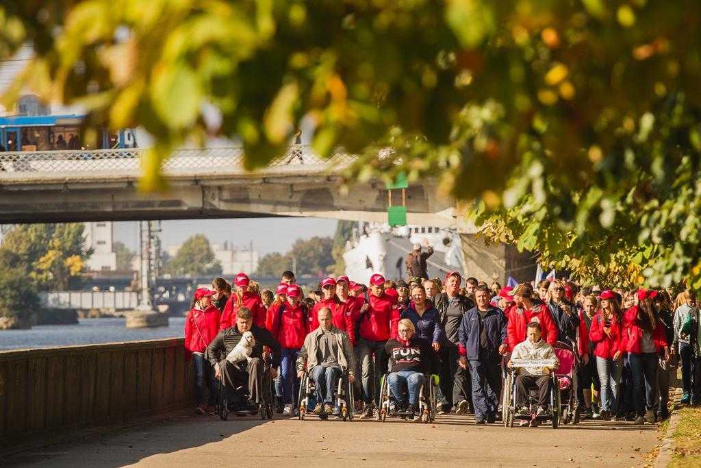 Выход в город: как отмечают Всемирный день ходьбы
