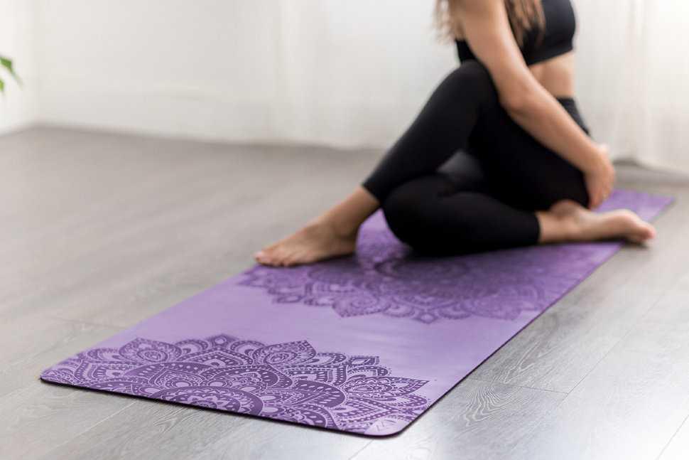 Как выбрать коврик для йоги или фитнеса?