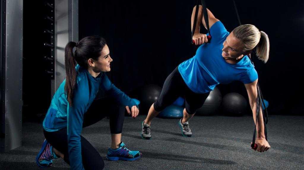 Самостоятельные тренировки или занятия с персональным тренером: что выбрать?