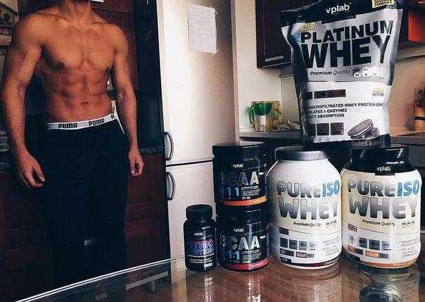 Всё о спортивном питании: сывороточный коктейль, виды протеинового коктейля, аминокислоты, жиросжигающие препараты, белковые и углеводные смеси