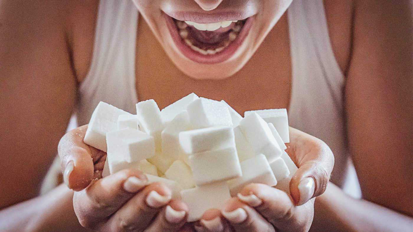 Как перестать есть сладкое и мучное навсегда: психология и не только