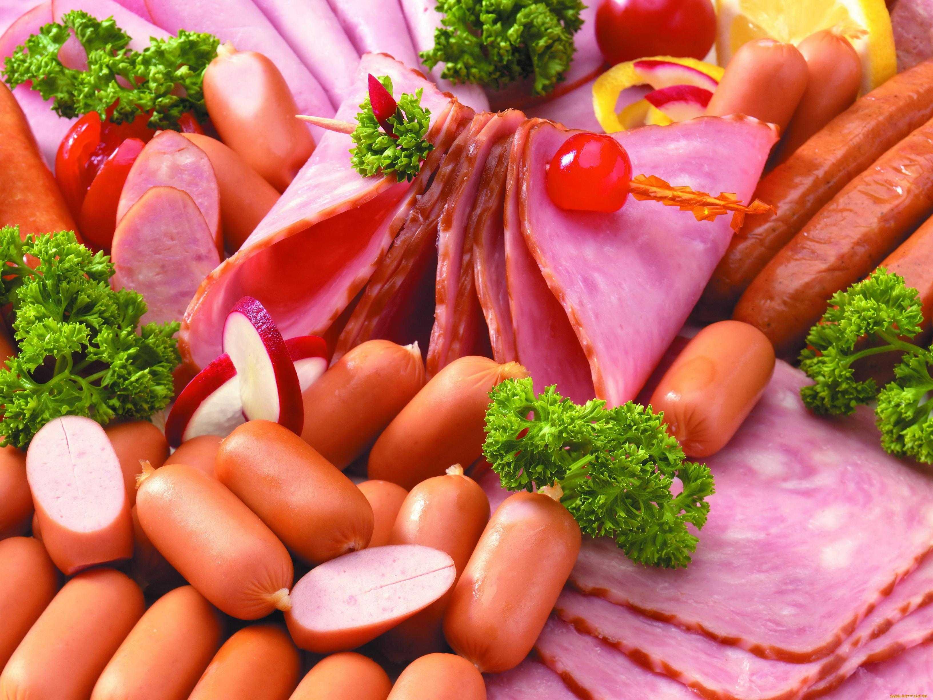 Приближающие рак продукты: что не рекомендуют есть онкологи