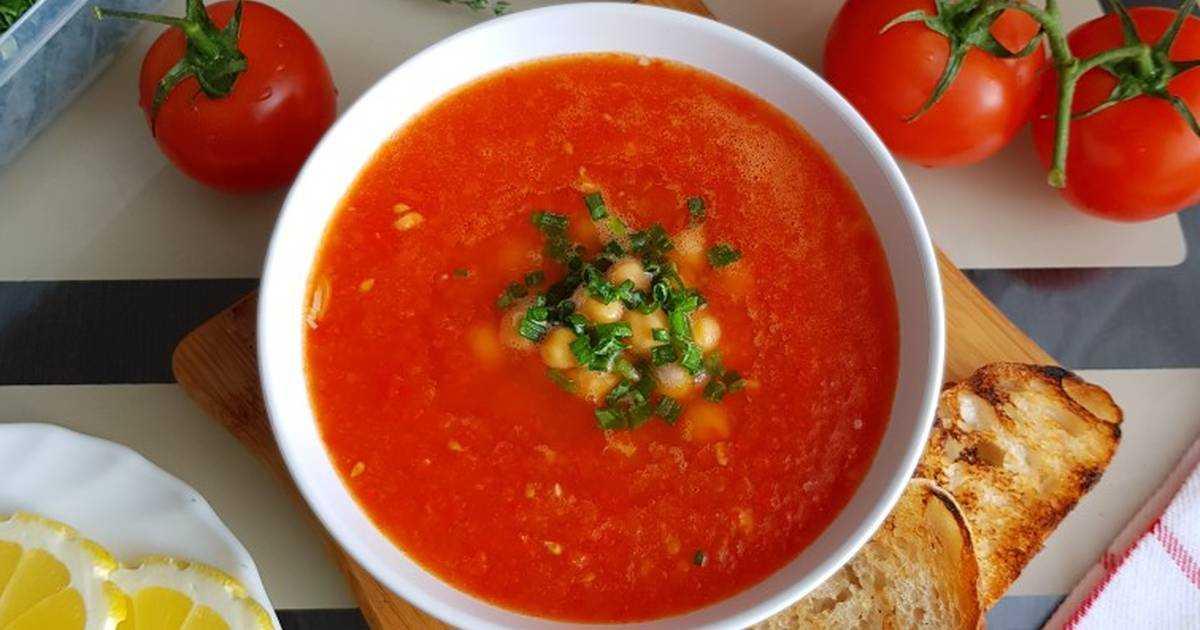 Томатный суп с морским коктейлем – кулинарный рецепт