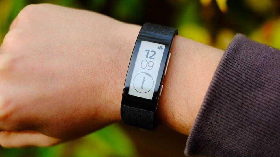 Sony smartband 2 swr12: обзор умного фитнес трекера