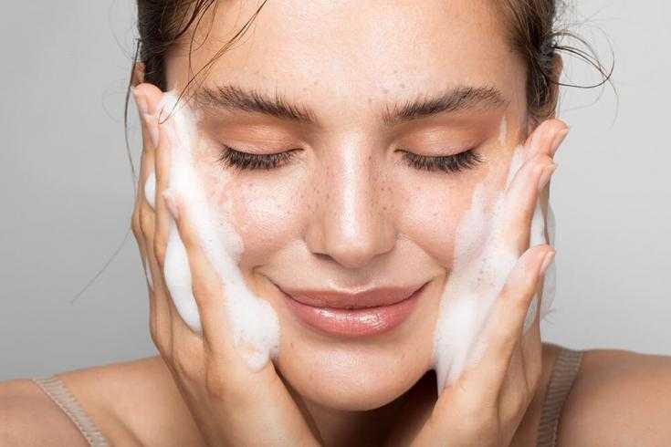 Маска от морщин вокруг глаз: домашние рецепты или готовые средства?