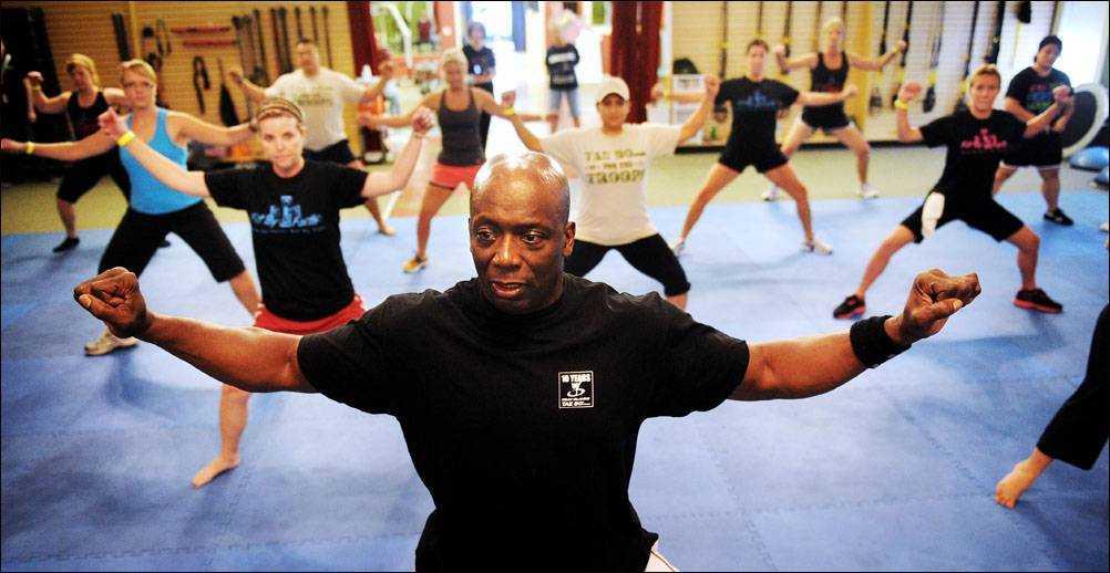 Тренировки с джанет дженкинс для пресса и качественной растяжки