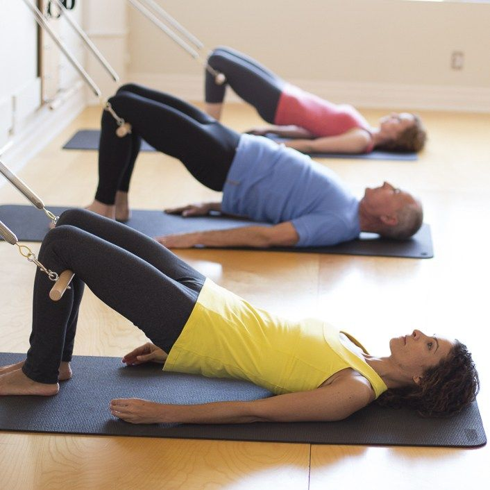 12 упражнений пилатес для начинающих в домашних условиях с картинками для пресса и талии, чтобы убрать живот и бокаwomfit