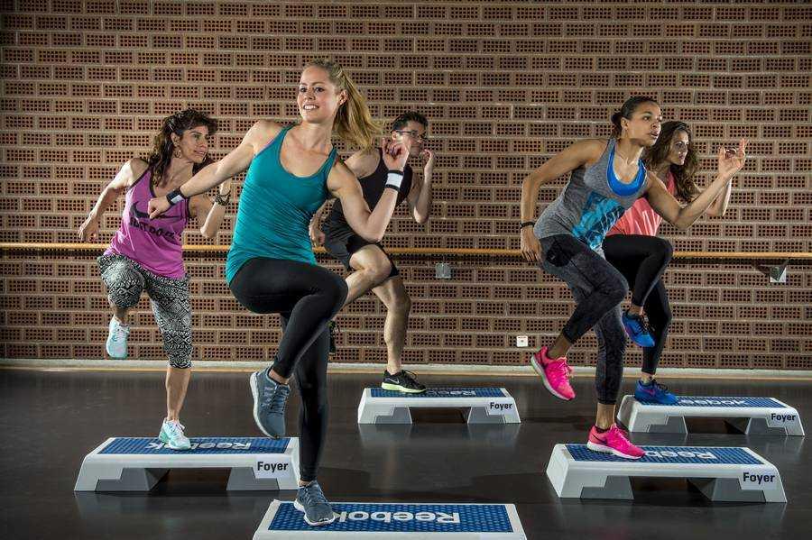 Танцевальная аэробика - инструкция, как правильно выполнять упражнения с максимальным эффектом (120 фото + видео)