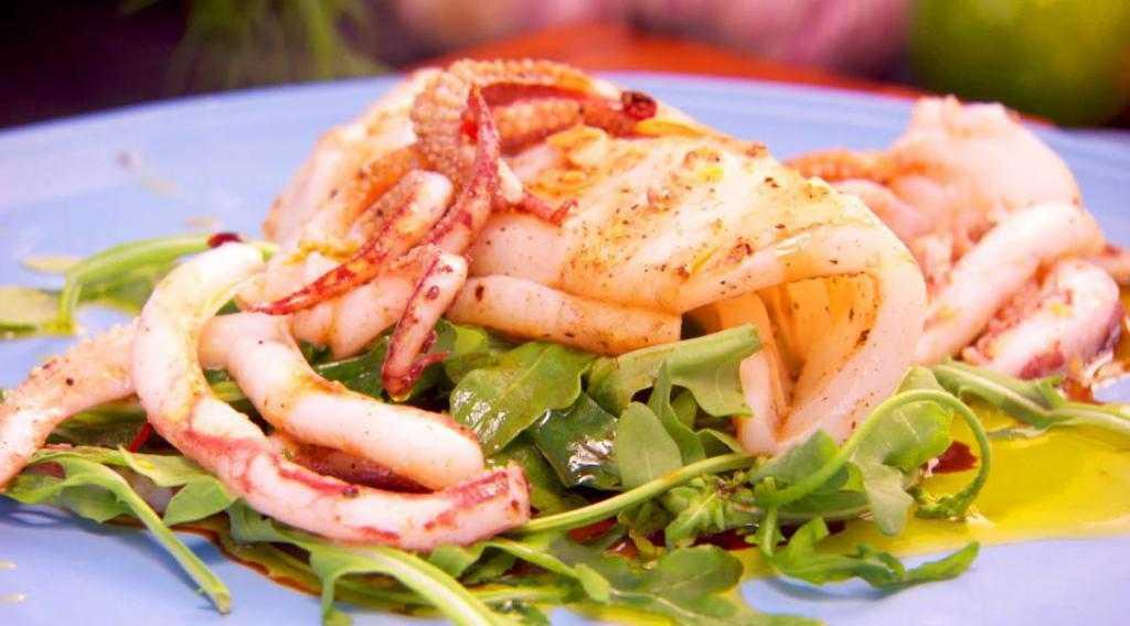 Салат «морской бриз»: 7 вкусных рецептов