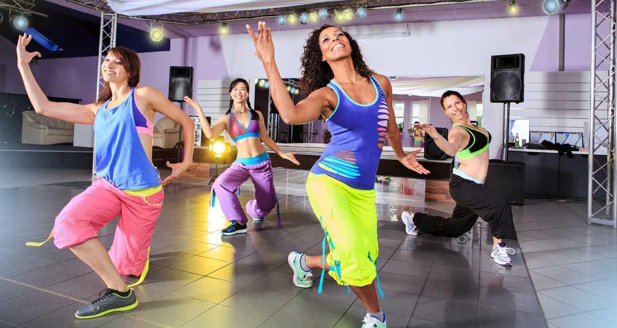 Фитнес зумба для похудения: что это такое, уроки для начинающих, видео