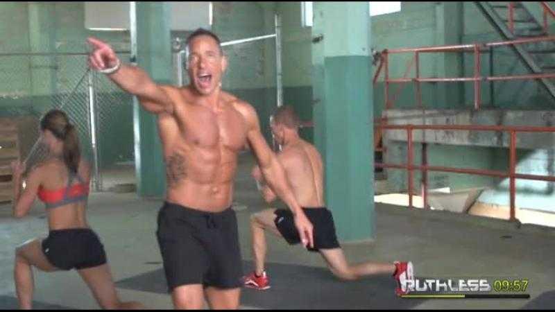 Мощная 20-минутная тренировка, которая заменит час в спортзале - лайфхакер