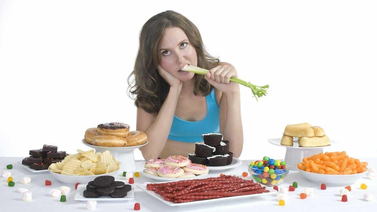 Как перестать много есть: психологический голод