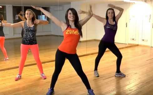 Зумба фитнес: что это, плюсы и минусы, движения (фото)