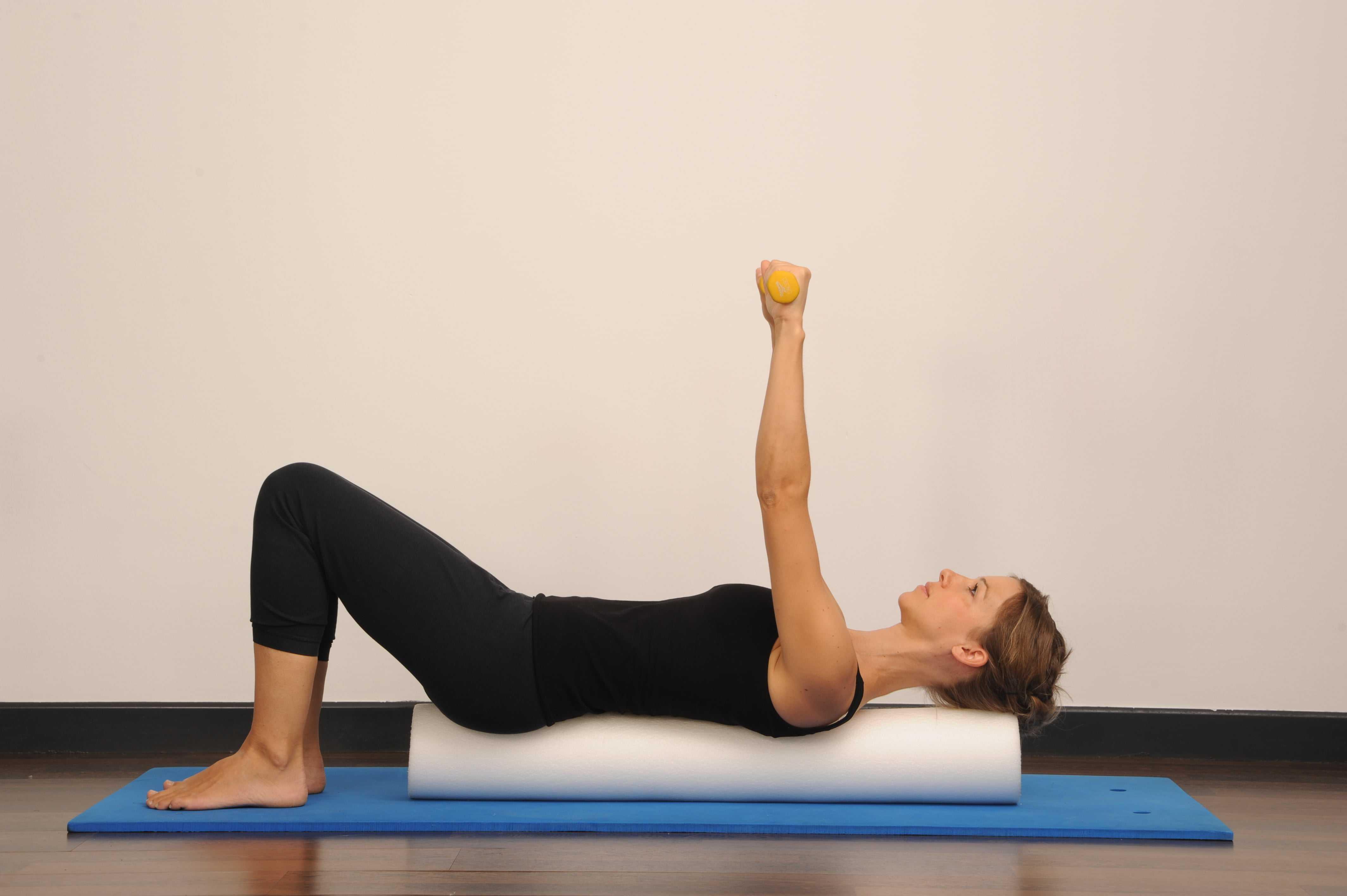 Топ-60 эффективных упражнений из пилатеса (с фото)