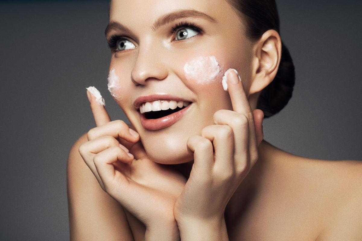 Осенний уход за кожей лица: жирной, сухой, комбинированной, особенности и советы косметологов