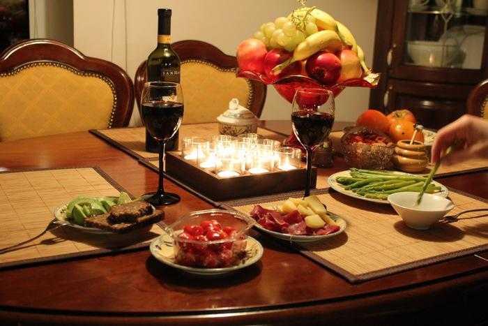 Что приготовить на романтический ужин 14 февраля для влюблённых