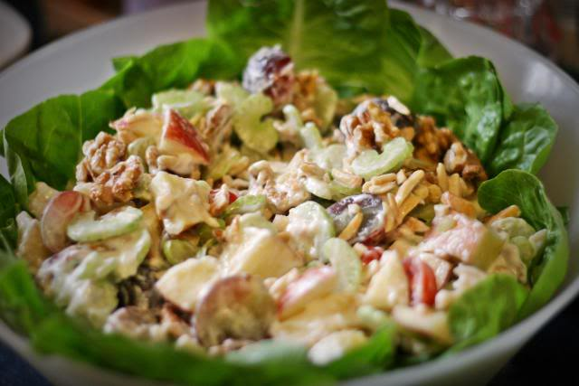 Салат из сельдерея (более 100 рецептов с фото) - рецепты с фотографиями на поварёнок.ру