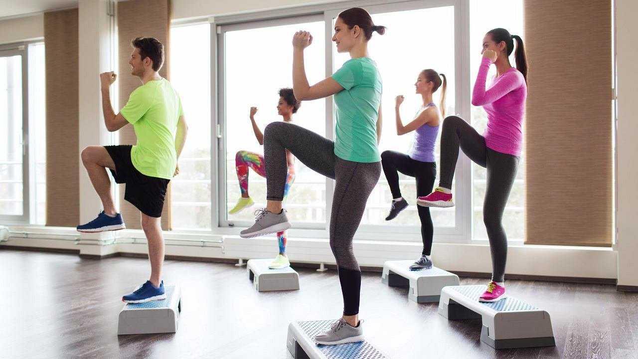 """Степ-аэробика для начинающих: (видео, упражнения, отзывы) — """"fito"""" — красота и здоровье"""