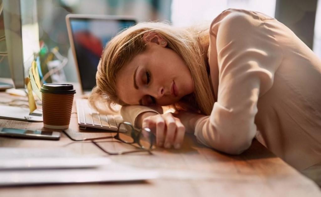 6 причин возникновения усталости и способы борьбы с ней - лайфхакер