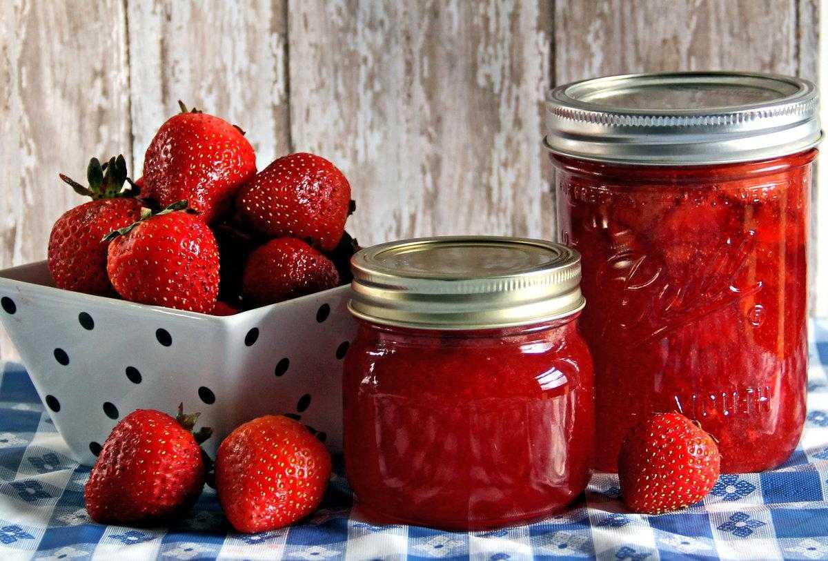 Почему при стрессе хочется сладкого и как не заедать его вредной едой — 7 методов