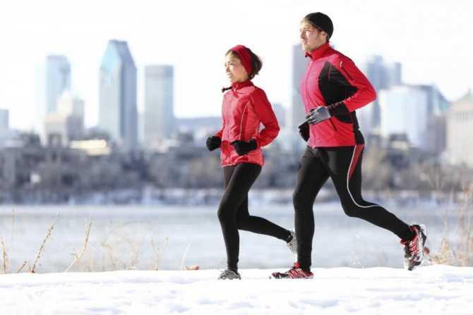 Топ-20 лучших женских кроссовок для безопасного и комфортного бега