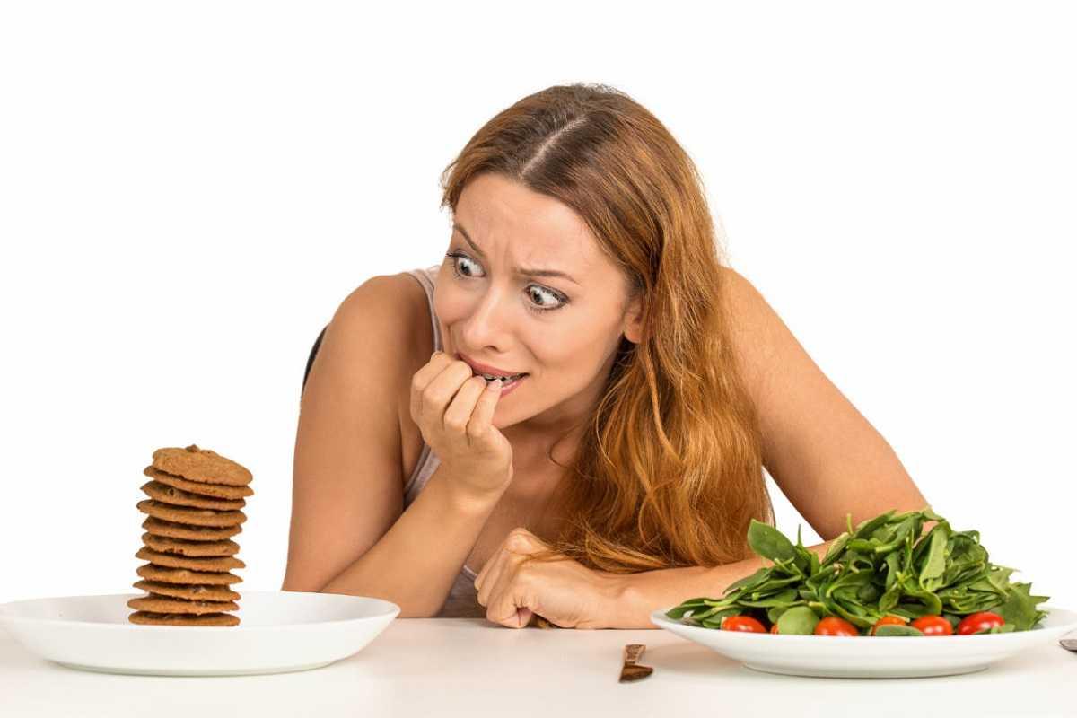 Суточное голодание раз в неделю: особенности, польза и вред