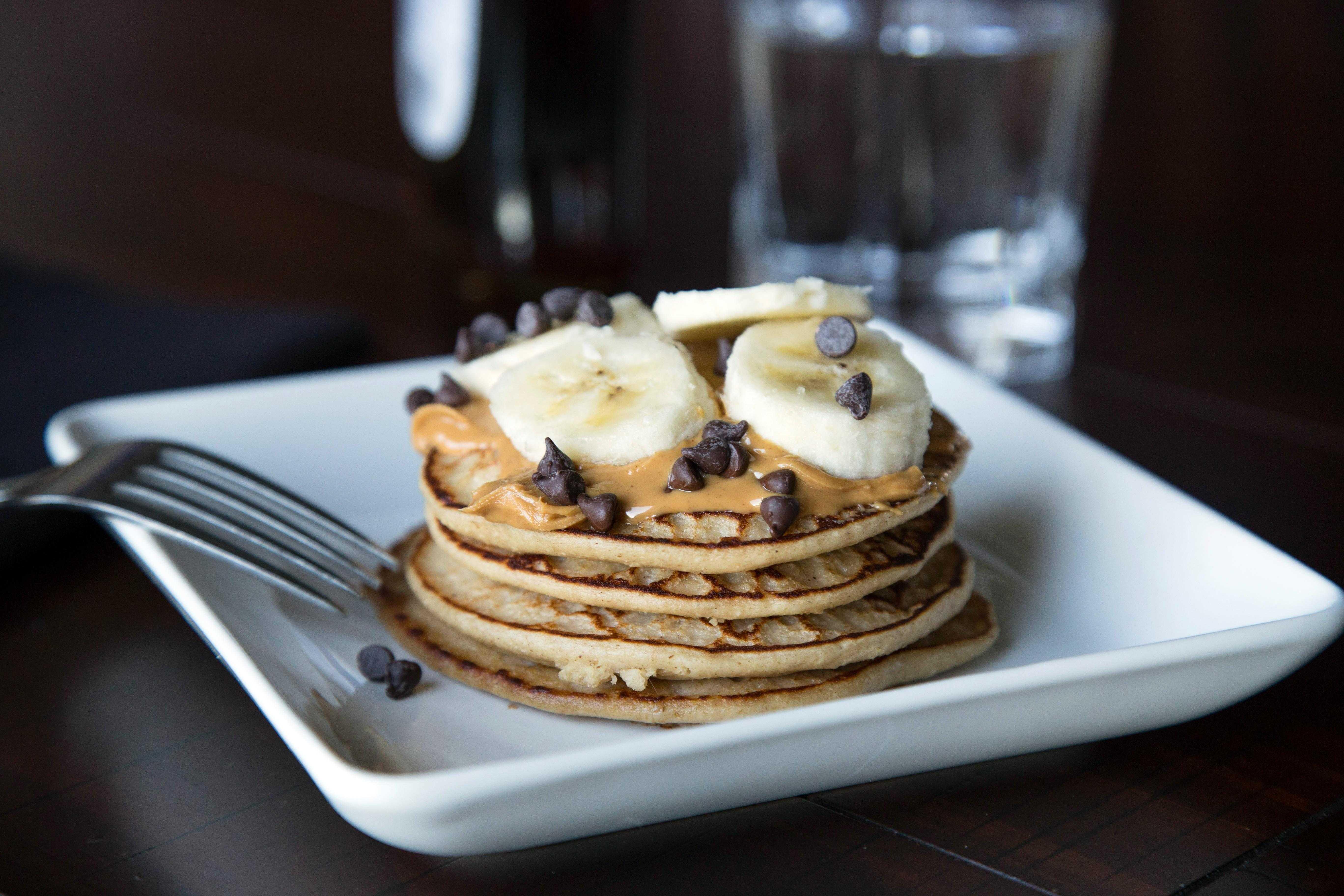 Блины с бананом: 8 кулинарных рецептов ( на любой вкус)