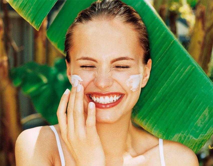 Как можно защитить кожу от негативного воздействия солнечных лучей?