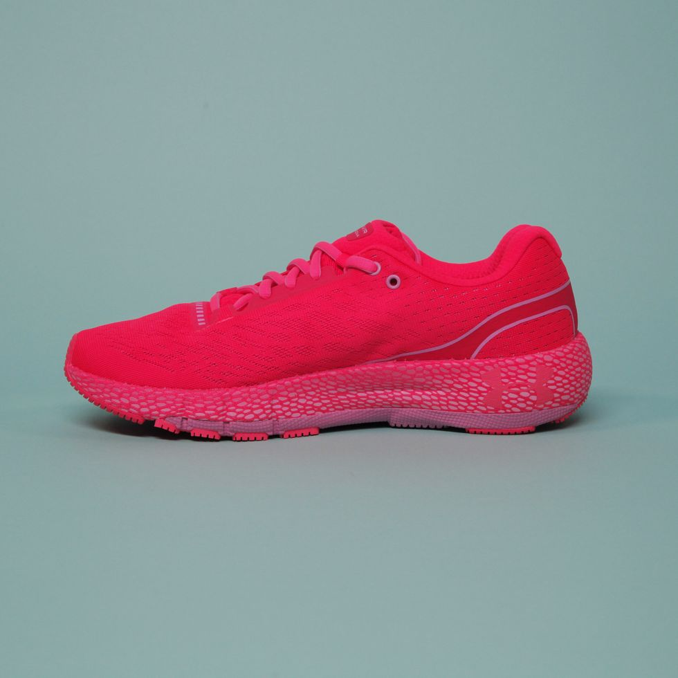 В нашей подборке вы найдете топ мужских кроссовок Nikeдля тренировок, фитнеса и бега в стильном дизайне и с отличным соотношением цена-качество для каждого