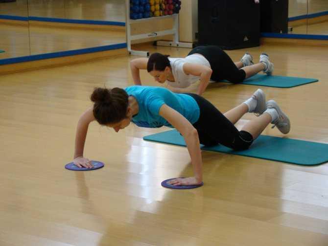 Глайдинг: что это, польза, вред + 25 упражнений (фото)