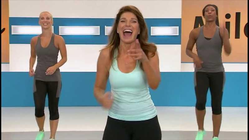 Ходьба с лесли сансон: простая домашняя тренировка без инвентаря (видео из exercise tv)