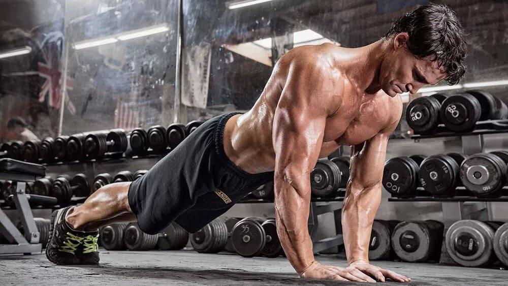Обзор эффектиной силовой тренировки с Мишель Дозуа