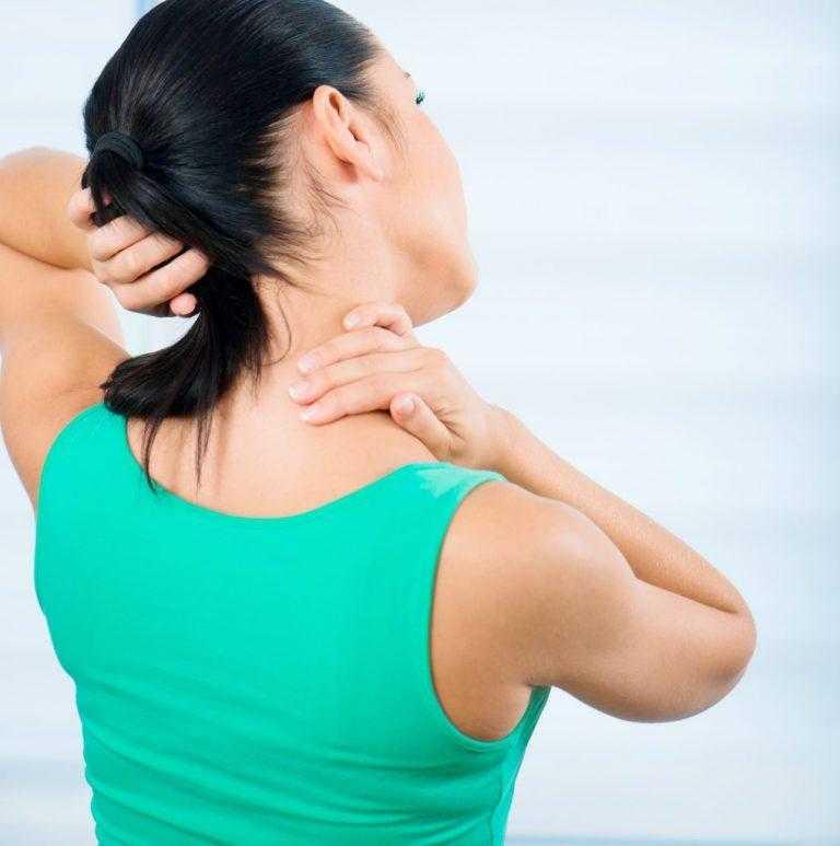 Упражнения для расслабления мышц шеи и плеч: как снять боль и укрепить мышцы