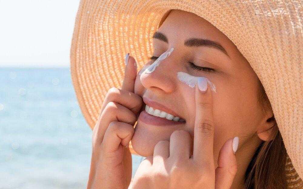 Как защитить лицо от солнца народными средствами