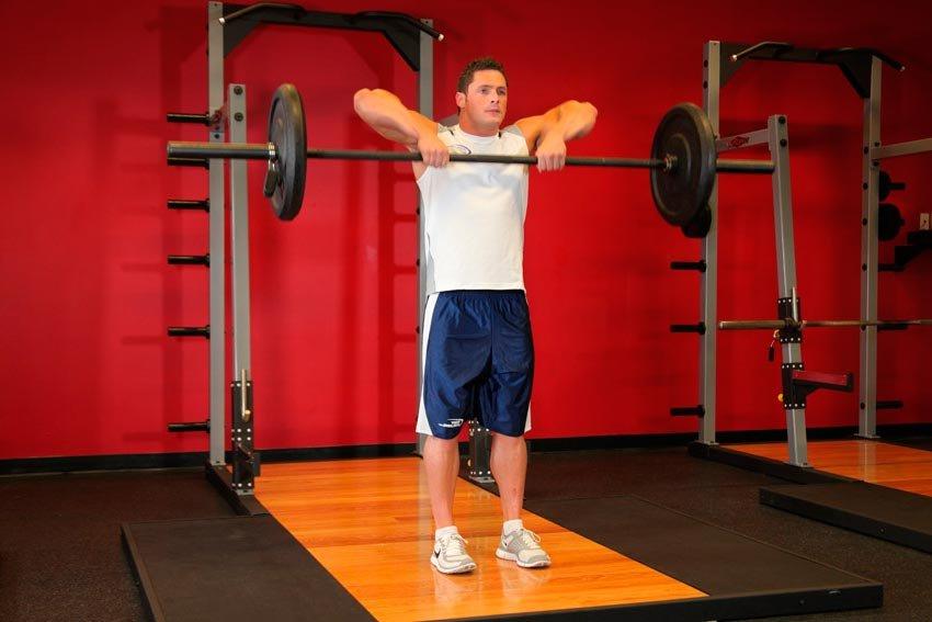Лучшие упражнения для развития верхнего плечевого пояса в домашних условиях и в зале