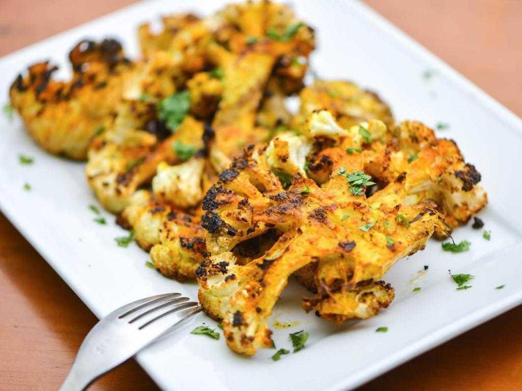 Цветная капуста, запеченная в духовке – кулинарный рецепт