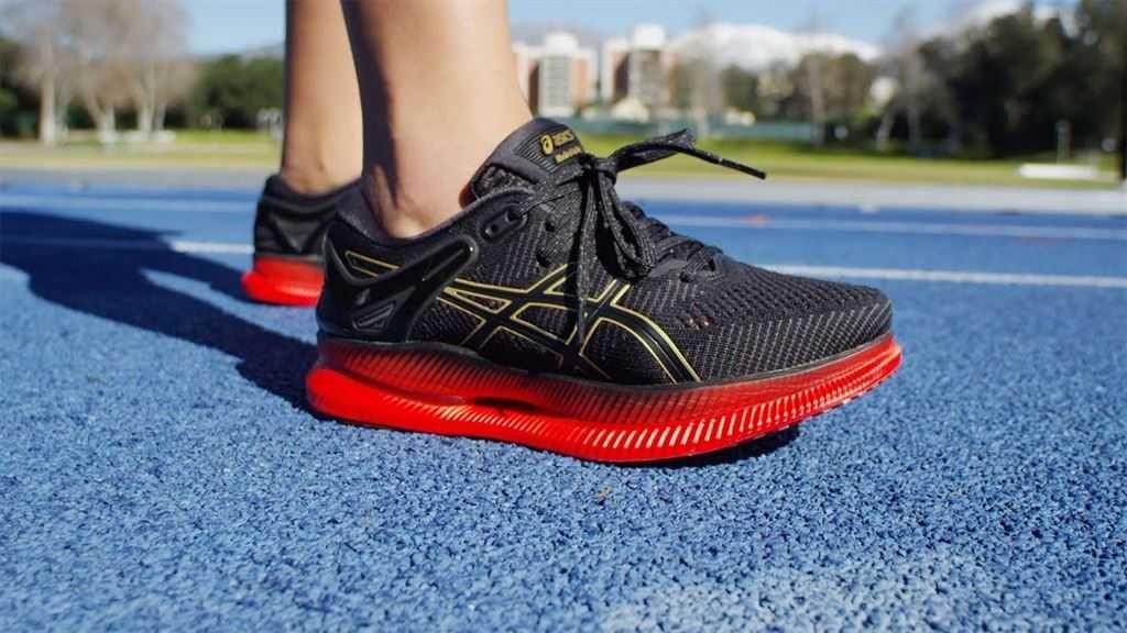 Топ-12 лучших моделей беговых кроссовок