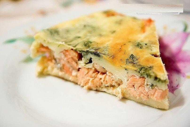 Слоеные пирожки с семгой – кулинарный рецепт