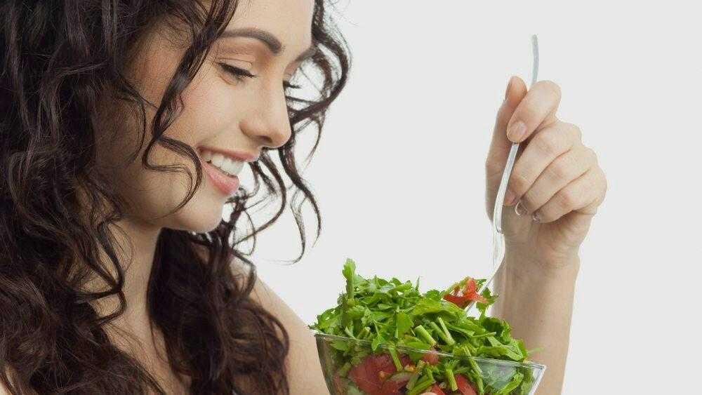 Правильное питание для здоровья волос и кожи головы, продукты питания и рацион