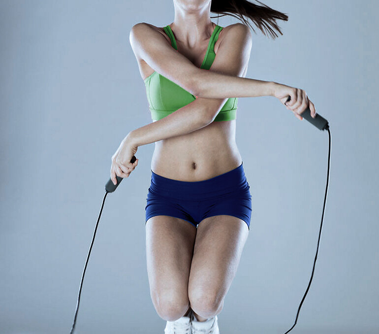 Как нужно тренироваться, чтобы максимально сжечь подкожный жир?