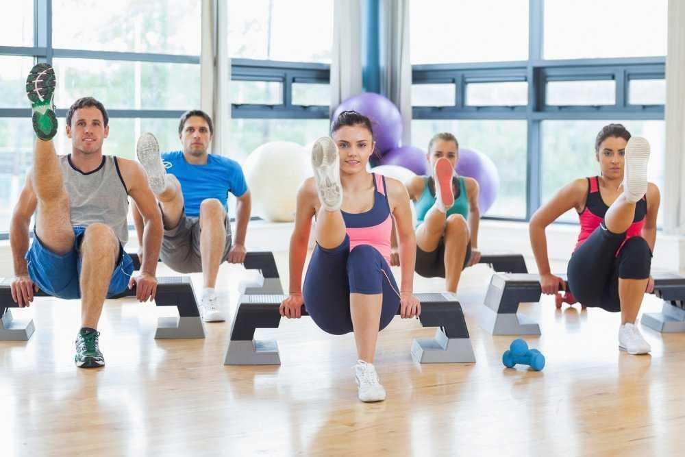 Групповые занятия фитнесом — плюсы и минусы групповых занятий и как лучше тренироваться девушке