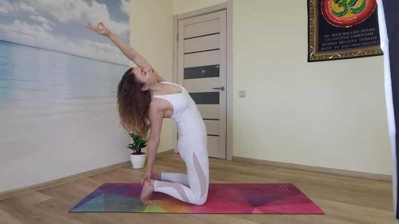 Утренняя и вечерняя йога в домашних условиях