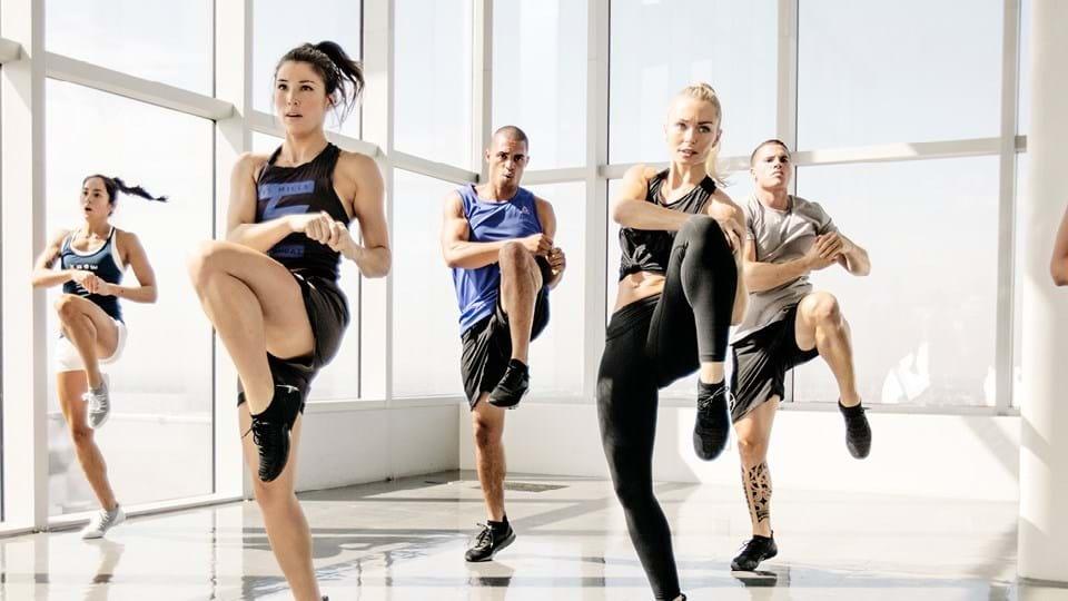 Body Step — это кардио-тренировка со степ-платформой, которая поможет вам быстро, просто и эффективно избавиться от лишнего веса и подтянуть тело