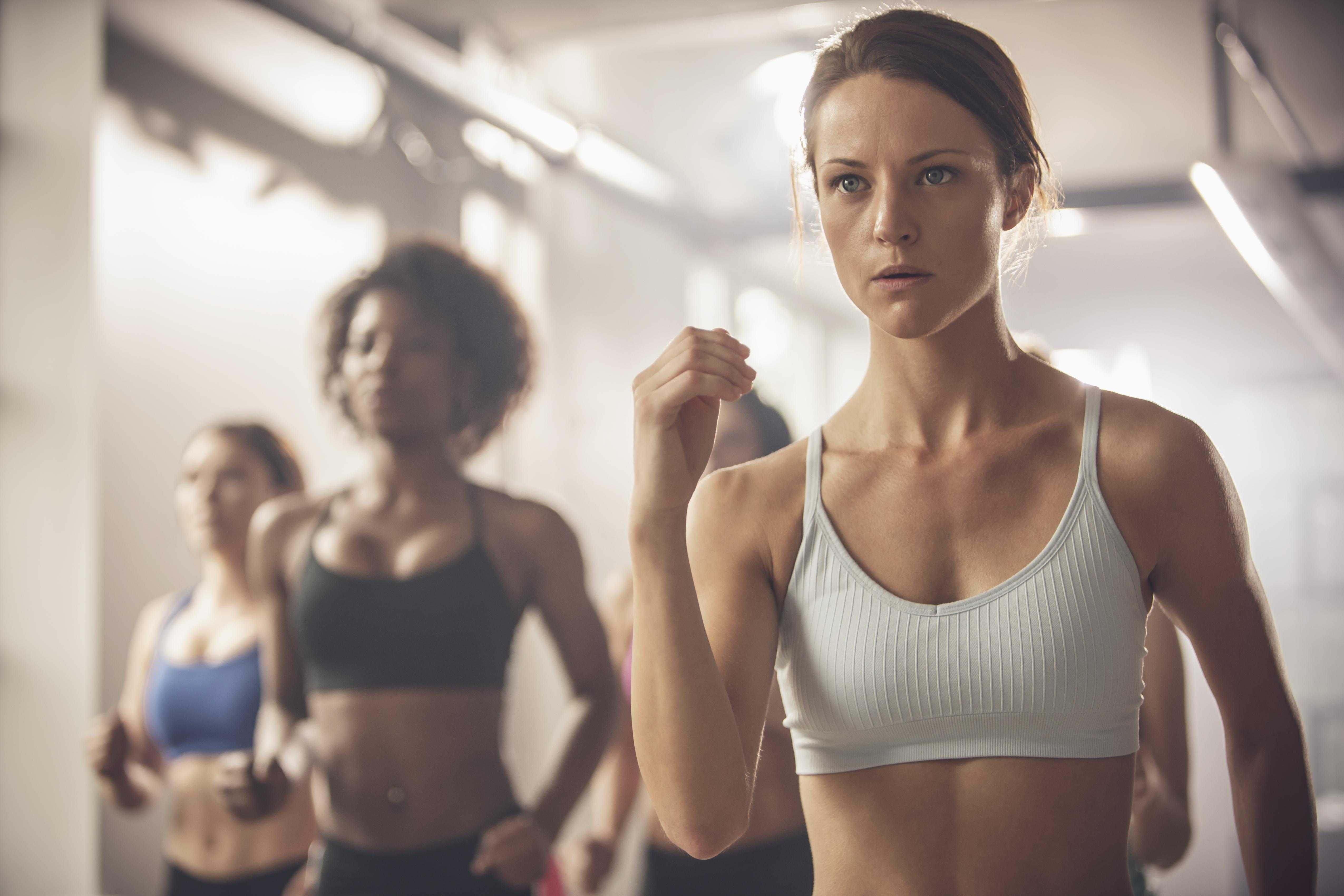 Интервальная тренировка: виды, методы и программа тренинга в зале