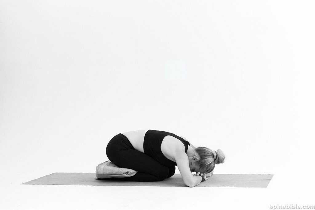 Топ-20 лучших упражнения из йоги перед сном (фото)