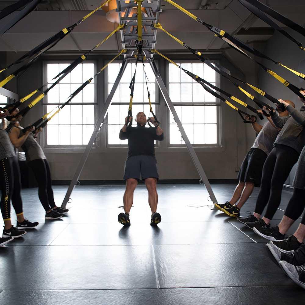 Резиновые петли tрx: упражнения для женщин на пресс, спину, ягодицы, ноги