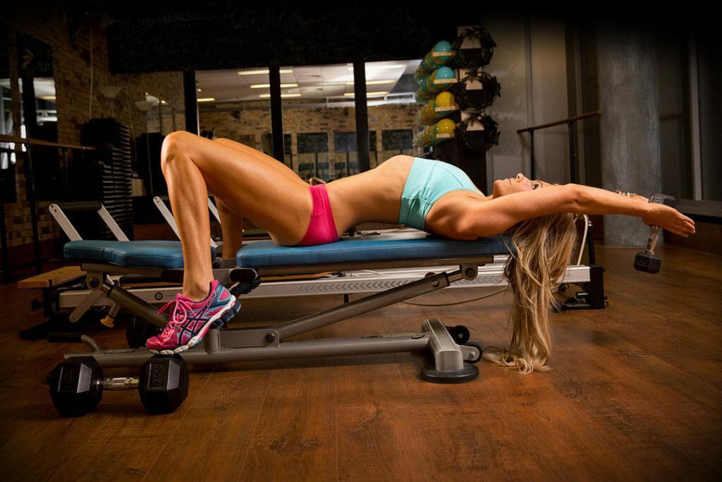 Как накачать грудные мышцы в домашних условиях мужчине: топ 8 упражнения на грудь